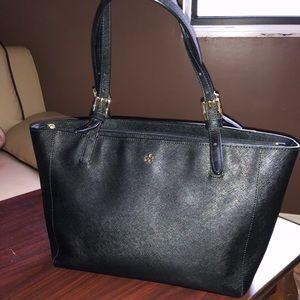 Tory Burch Bags - Tory burch black shoulder purse